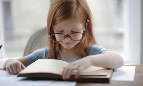 Specjalne potrzeby edukacyjne – wszystko co nauczyciel powinien wiedzieć